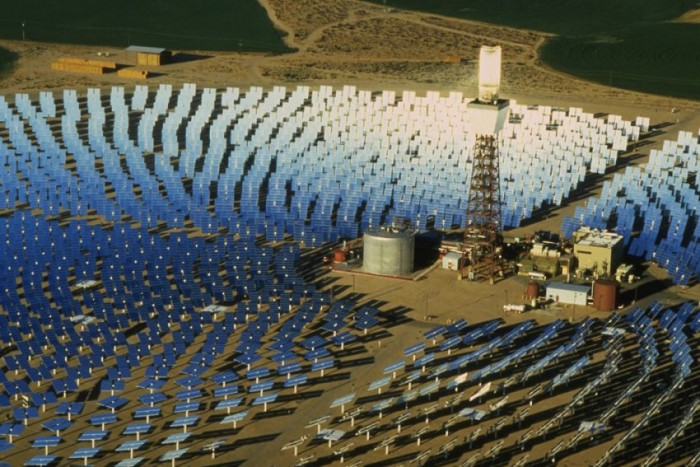 une centrale  solaire thermodynamique
