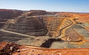 Voici une des plus grande mine a ciel ouvert au monde (Australie)